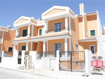 Casa T3 / Seixal, Bacelos de Gaio