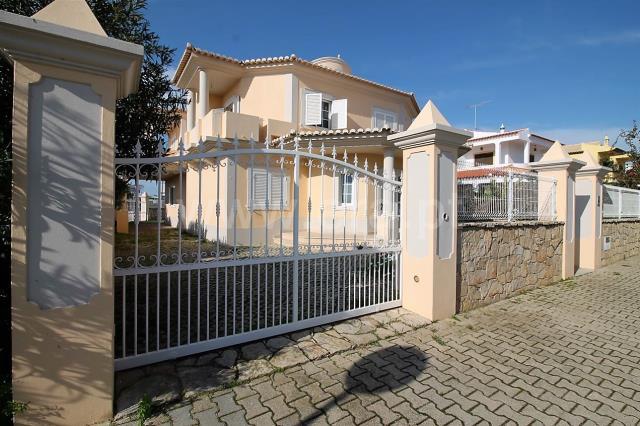 Casa T4 / Olhão, Olhão Centro