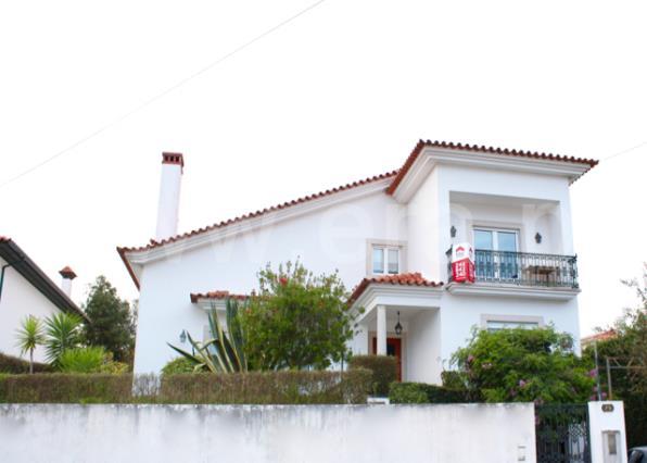 Casa T5 / Leiria, Leiria, Pousos, Barreira e Cortes