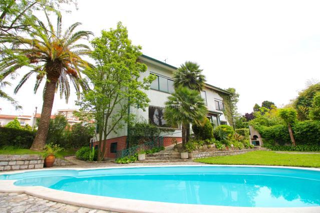 Casa T5 / Leiria, .