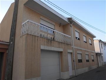Casa T6 / Vila Nova de Gaia, G2 - Igreja