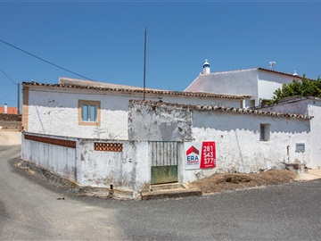 Country house T2 / Mértola, Mesquita