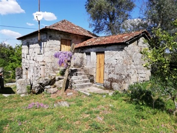 Country house T3 / Penafiel, Bustelo