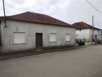 Detached house T3 / Cantanhede, Montouro