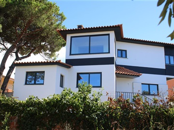 Detached house T3 / Cascais, Cobre