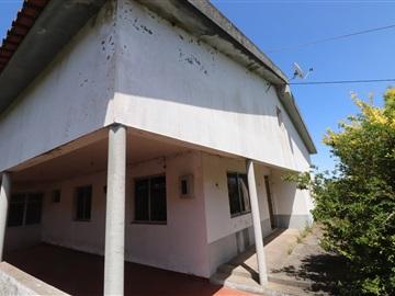 Detached house T3 / Santa Cruz, Camacha