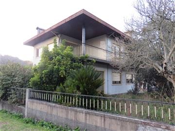 Detached house T5 / Oliveira de Azeméis, Vila de Cucujães