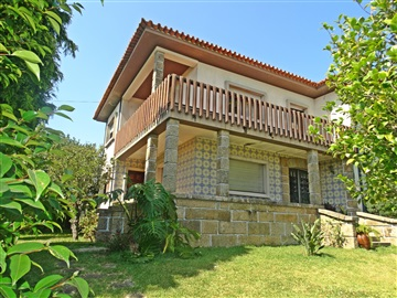 Detached house T5 / Ovar, Cortegaça
