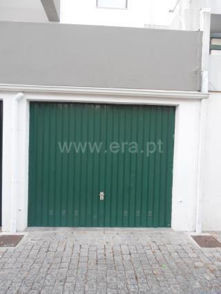 Garage / Castelo Branco, Dr. Beirão