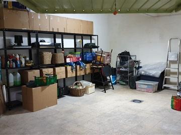 Garagem / Almada, Cova da Piedade/M.Bica