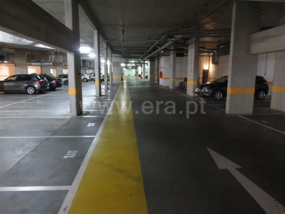 Garaje / Lisboa, Parque das Nações - Expo Norte