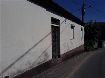 House / Águeda, Travassô e Óis da Ribeira