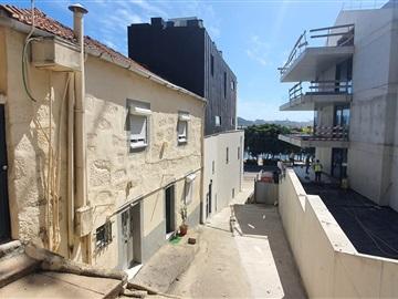 House / Porto, Marginal