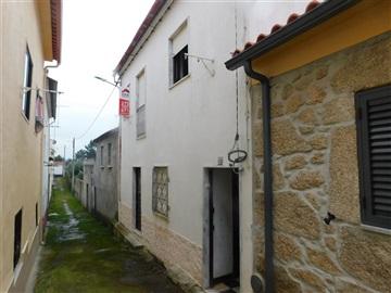 House T1 / Fundão, Soalheira