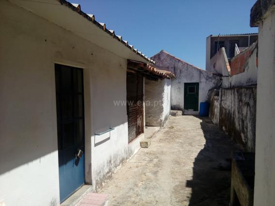 House T2 / Cartaxo, Pontével