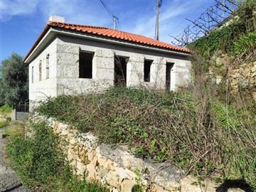 House T2 / Celorico de Basto, Arnóia