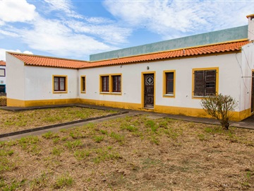 House T2 / Ponta Delgada, Ponta Delgada (São José)