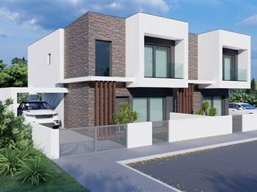 House T3 / Almada, Sobreda