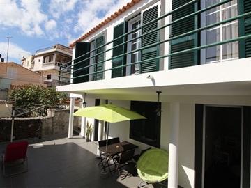House T3 / Calheta (Madeira), Paul do Mar