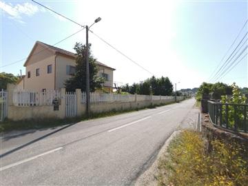 House T3 / Chaves, Vale de Anta