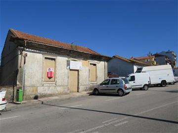 House T3 / Oliveira de Azeméis, Oliveira de Azeméis, Santiago de Riba-Ul, Ul, Macinhata da Seixa e Madail
