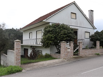 House T3 / Ourém, Urqueira
