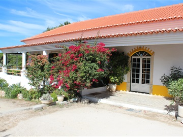 House T4 / Azambuja, Maçussa