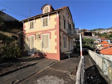 House T4 / Funchal, Funchal (Santa Maria Maior)