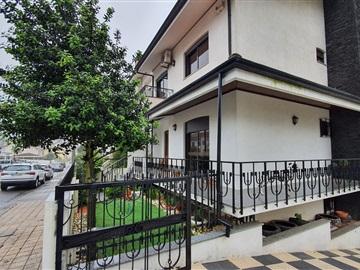 House T4 / Gondomar, São Cosme Zona 7