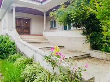 House T4 / Paredes, Paredes