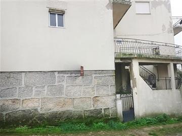 House T4 / Vila Real, Mouçós e Lamares