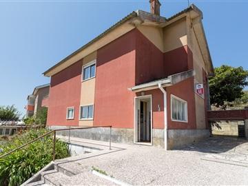 House T5 / Sintra, Alto do Forte