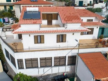 House T6 / Funchal, Funchal (Santa Maria Maior)