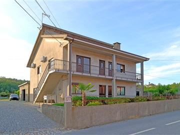 House T6 / Paços de Ferreira, Eiriz