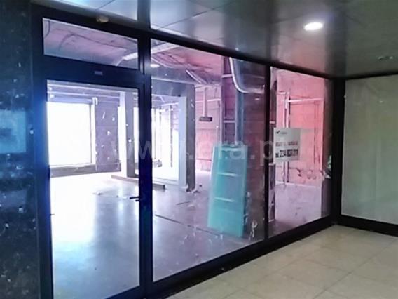 Loja / Gondomar, São Cosme Zona 5