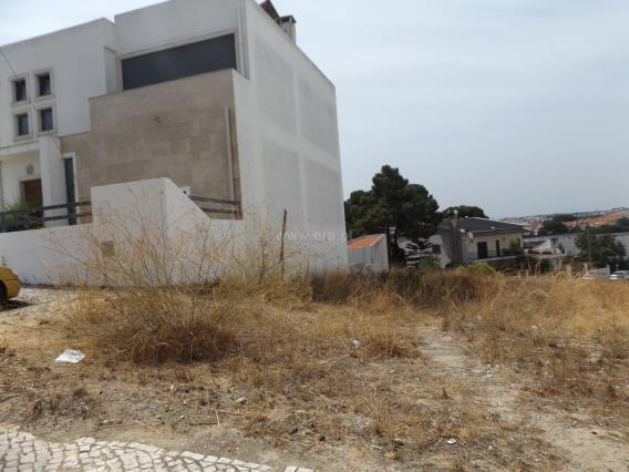 Lot / Almada, Laranjeiro e Feijó