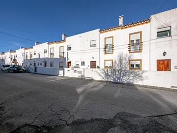 Maison dans village T3 / Évora, Canaviais
