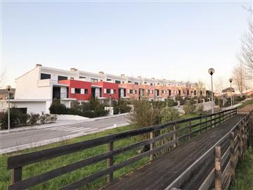 Maison dans village T4 / Torres Vedras, Turcifal