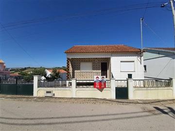 Maison individuelle T2 / Torres Vedras, Carvoeira e Carmões