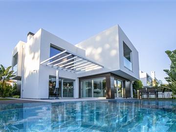Maison individuelle T4 / Almada, Marisol