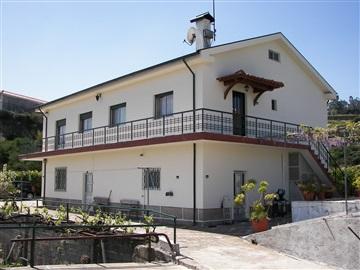 Maison individuelle T4 / Celorico de Basto, Basto (São Clemente)
