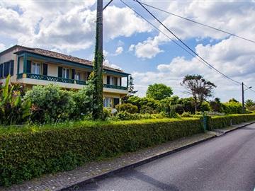 Maison individuelle T6 / Ponta Delgada, Rosto do Cão (São Roque)