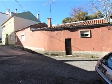 Maison jumelée T1 / Loures, Barro