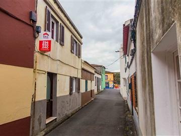 Maison jumelée T3 / Ponta Delgada, Rosto do Cão (São Roque)