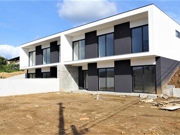 Maison jumelée T3 / Vila Verde, Lanhas