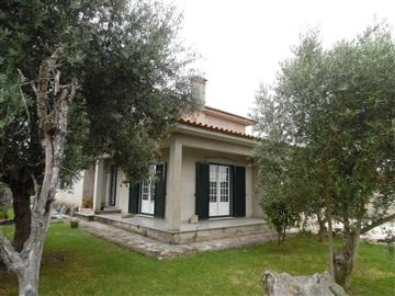 Maison T4 / Cantanhede, Taboeira
