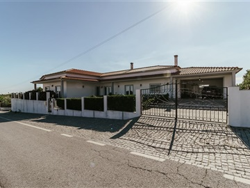Maison T4 / Fundão, Póvoa da Atalaia