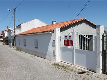 Maison / Vila Velha de Rodão, Perais