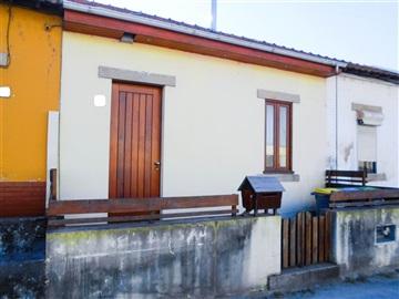 Moradia em Banda T2 / Vila Nova de Gaia, A5 - Eirado