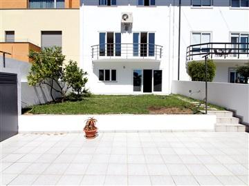 Moradia em Banda T3 / Vila Nova de Gaia, Mafamude e Vilar do Paraíso